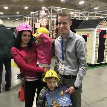 AHBA Workforce Development Committee Sponsors Kid Construction Hats at 2018 Build & Remodel Expo