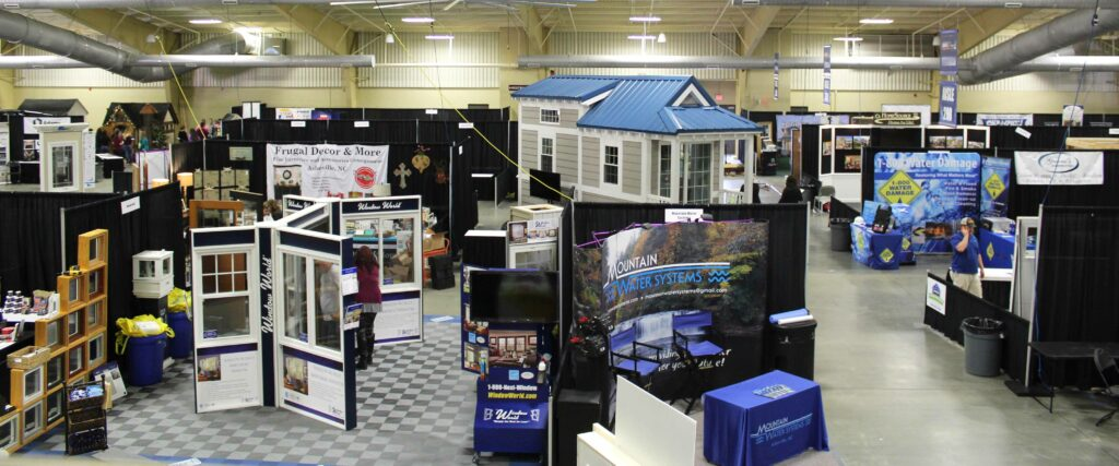 Build and Remodel Expo show floor in 2019.